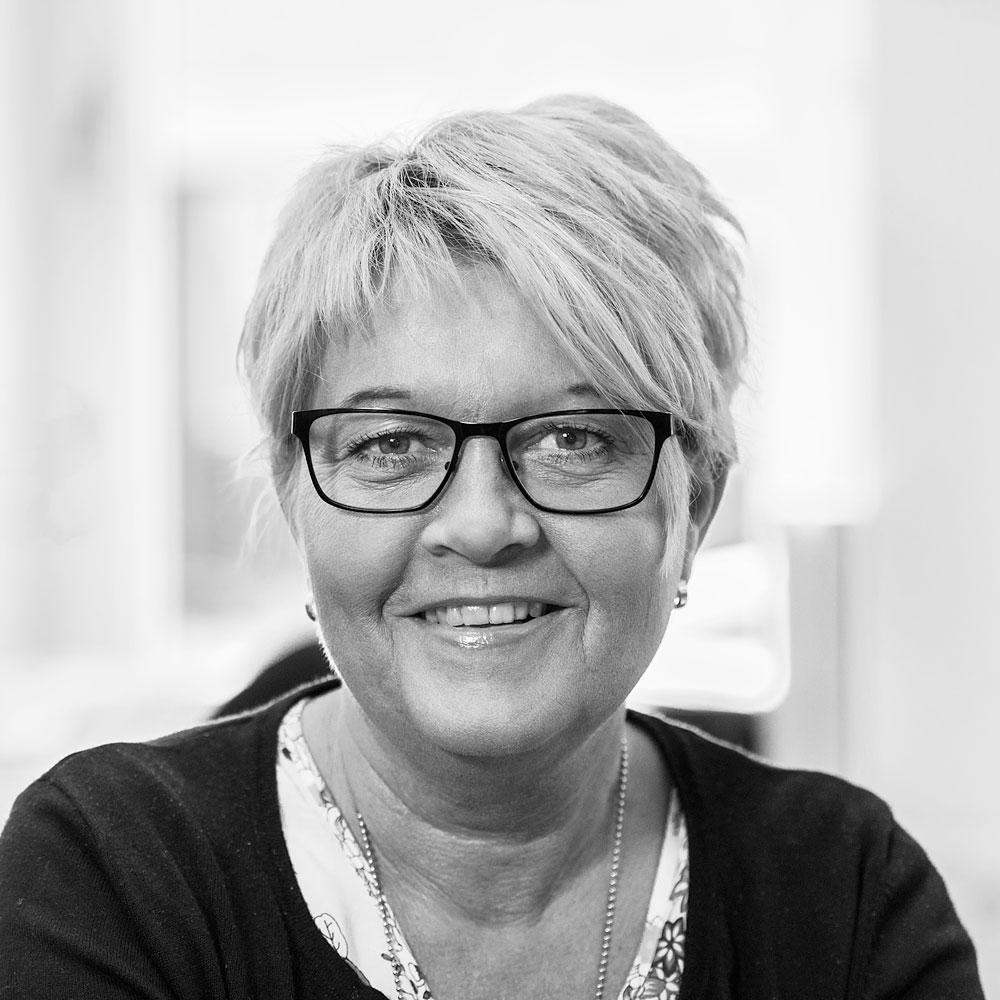 Carina Frondell, Scandinav